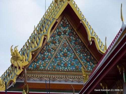 Temple with bird Chofahs